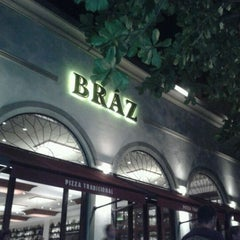 Photo taken at Bráz Pizzaria by Daniele V. on 2/12/2012