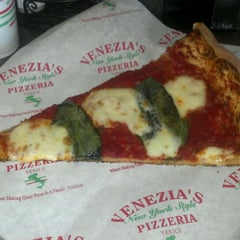 Photo taken at Venezia's Pizzeria by Jodi B. on 6/7/2012