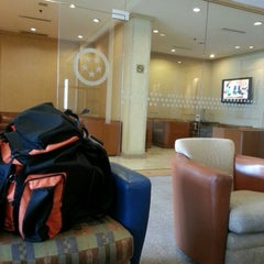 Photo taken at American Airlines - Admirals Club BOG by Bernardo M. on 7/24/2012