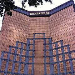Photo taken at Horseshoe Casino & Hotel by YoKee Y. on 4/16/2012