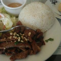 Photo taken at Pho Tran Restaurant by Steven S. on 4/26/2012