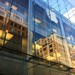 Photo taken at Apple Store, Boylston Street by Daniel N. on 8/2/2012