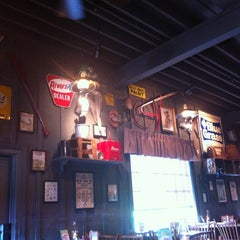 Photo taken at Cracker Barrel Old Country Store by Michelle H. on 6/13/2012