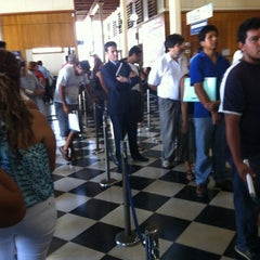 Photo taken at Registro Civil E Identificacion by Mauricio V. on 2/13/2012