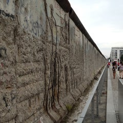 Photo taken at Baudenkmal Berliner Mauer   Berlin Wall Monument by Denis on 7/28/2012