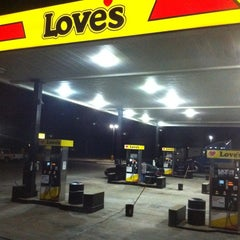 Photo taken at Love's Travel Stop by Ed on 6/26/2012