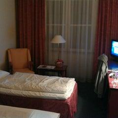 Das Foto wurde bei SORAT Hotel Brandenburg von Jay R. am 2/9/2012 aufgenommen
