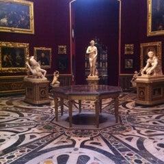 Photo taken at Galleria degli Uffizi by Ronald H. on 7/1/2012