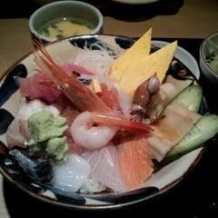 Photo taken at 築地市場 (Tsukiji Fish Market) by hiroyuki a. on 3/14/2012