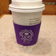 Photo taken at The Coffee Bean & Tea Leaf® by Chelsea S. on 9/4/2012