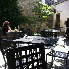 Photo taken at Il Pizzaiolo by Amanda G. on 6/23/2012