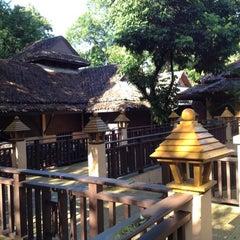 Photo taken at Khaolak Merlin Resort Phang Nga by Owie M. on 9/8/2012