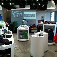 Photo taken at Googleplex - Google Store by Yusuke K. on 2/8/2012