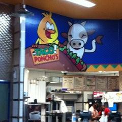 Photo taken at Mi Taco Poncho's by Elihú H. on 5/26/2012