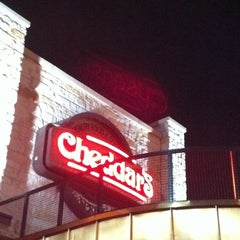Photo taken at Cheddar's Casual Cafe by Mannasyle C. on 3/24/2012