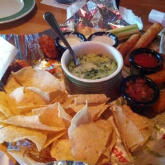 Photo taken at Applebee's by C T. on 7/13/2012