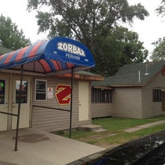 Photo taken at Zorbaz on Little Pine by Christine on 7/17/2012