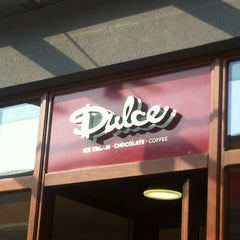 Photo taken at Dulce Chocolate & Ice Cream by Rainer W. on 5/30/2012