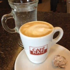 Photo taken at Café Raiz by Sérgio M. on 4/15/2012