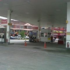 Photo taken at Shell by Fazil on 7/16/2012