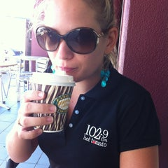 Photo taken at Zarraffa's Coffee by 1029ers H. on 5/5/2012