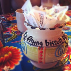 Photo taken at Flying Biscuit Cafe West Paces by John T. on 8/3/2012