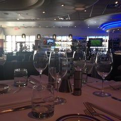 Photo taken at The Oceanaire Seafood Room by Claudia on 8/6/2012
