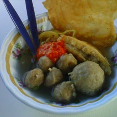 Photo taken at Sup Bakso sebelah Tesco Ampang by Farah Amirah M. on 9/11/2012
