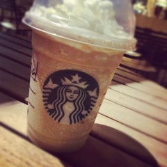 Photo taken at Starbucks by Cristóbal A. on 3/15/2012