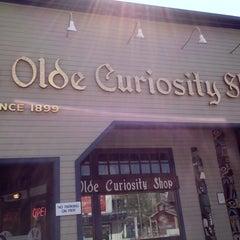 Photo taken at Ye Olde Curiosity Shop by Analiza 🎀🌸🌸 on 5/10/2012