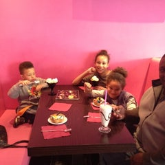 Photo taken at Afters Ice-Cream South Croydon by Lisa C. on 4/13/2012