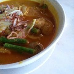 Photo taken at Old Kawan Kopitiam by Shirlee K. on 7/7/2012