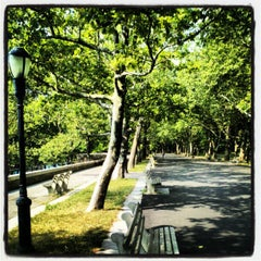 Photo taken at Riverside Park by Steve Q. on 7/7/2012