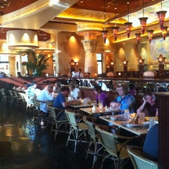 Photo taken at The Cheesecake Factory by Jaeheon H. on 6/25/2012