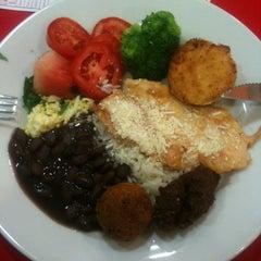 Photo taken at Gourmet da Redenção by Sandro S. on 6/20/2012