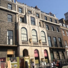 Photo taken at Sir John Soane's Museum by Annie Z. on 5/22/2012