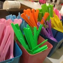 Photo taken at Mixx Frozen Yogurt by Suzie H. on 3/20/2012