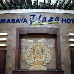 Photo taken at Surabaya Plaza Hotel by ArdyS on 6/8/2012