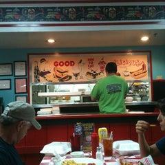 Photo taken at Happy Days Diner by Travis on 6/29/2012