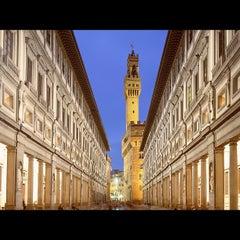 Photo taken at Galleria degli Uffizi by Екатерина Б. on 3/9/2012