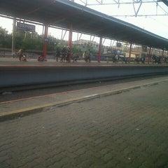 Photo taken at Stasiun Depok Lama by nitta brevasto p. on 8/21/2012
