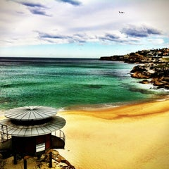 Photo taken at Tamarama Beach by Aquigenus on 9/7/2012