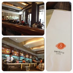 Photo taken at Sentro 1771 by Pauline P. on 8/26/2012