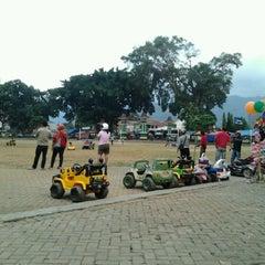 Photo taken at Alun - Alun Banjarnegara by avri a. on 7/28/2012