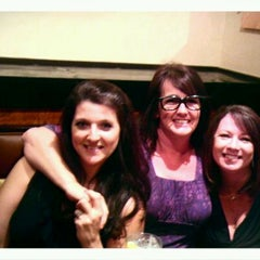 Photo taken at LongHorn Steakhouse by Nikki B. on 3/26/2012