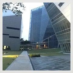 Photo taken at มหาวิทยาลัยกรุงเทพ (Bangkok University) by gunnnnnn on 6/8/2012