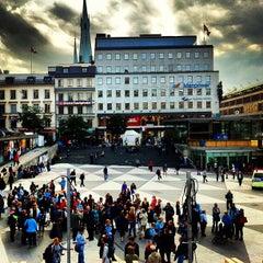 Photo taken at Sergels Torg by Ugur G. on 9/11/2012