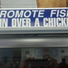 Photo taken at Earp's Seafood by Lajuan C. on 5/26/2012