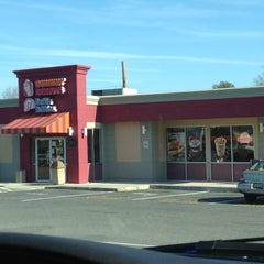 Photo taken at Dunkin' Donuts by Tanya G. on 3/11/2012