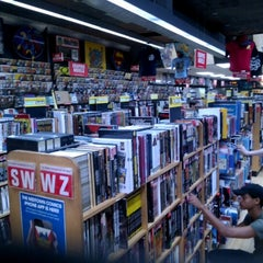 Photo taken at Midtown Comics by Rafael C. on 7/2/2012